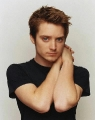 Elijah Wood looks hot