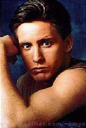 emilio estevez nude see his naked pictures