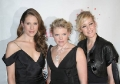 Dixie Chicks posing at the red carpet