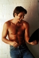 Shirtless David Duchovny looks hot