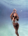 Jessica Alba swimming under water
