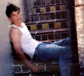 Josh Hartnett posing hot