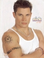 Nick Lachey posing hot