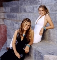 Olsen Twins are wearing hot dress