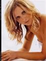 Sarah Michelle Gellar posing topless