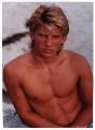Shirtless Steve Burton looks hot