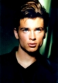 Tom Welling looks hot