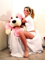 Kinzie Kenner posing with teddy